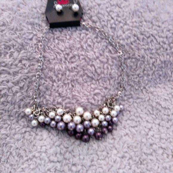 Beaded chain with earrings
